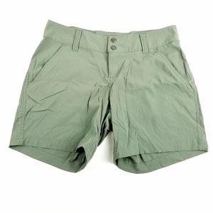 Women Columbia Green Athletic Hiking Shorts Size 6